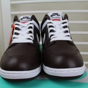 Supreme x NIKE SB Air Force 2 Low Brown Size 11 NWT